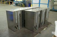Aluminium Schaltschränke Freiluft Ausführung mit Tragösen und Verstärkungen
