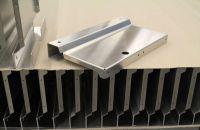 Aluminium Stanz Laser Kantteil Lissmac Entgratet Beiseitig Kantenverrundung